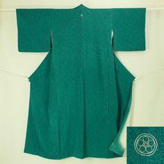 Deep green edo komon kimono / 深緑 1つ紋付 江戸小紋    #Kimono #Japan  http://www.rakuten.co.jp/aiyama/