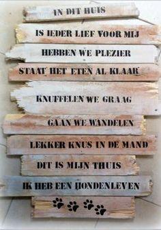 Decoratieve borden van pallethout. Elk bord is uniek en op maat gemaakt. Kleuren en teksten naar eigen wens.  kijk op cindsign.nl  handcrafted.