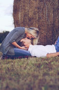 Lauren + Cameron :: Katy, TX engagement photographer » Jessica B Photography #Uncategorized