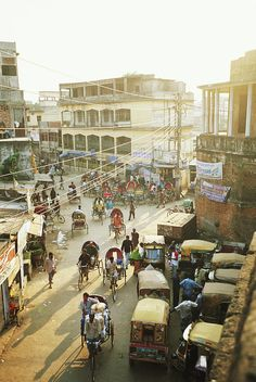 Bangladesh, Dhaka, Rickshaw Traffic .. best place ever... bells ringin.. ppl staring.. smiles.. lots and lots of smiles... ;)