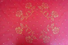 Kına örtüsü Cross Stitch, Cello, Angles, Cross Stitch Embroidery, Punto De Cruz, Dots, Seed Stitch, Cross Stitches, Punto Croce