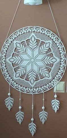 Crochet Mandala Pattern, Crochet Motifs, Doily Patterns, Filet Crochet, Crochet Doilies, Crochet Flowers, Diy Yarn Decor, Yarn Crafts, Crochet Home