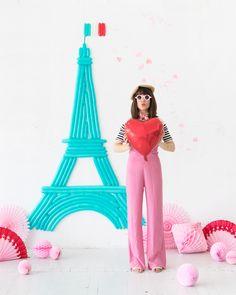 Eiffel Tower Balloon Wall | Oh Happy Day!