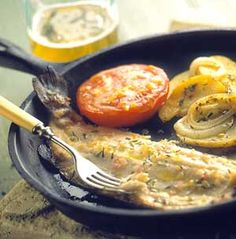 Grilled herb-flavor trout and freshly made lemon butter are ideal companions, at home or at the lake. Herb Recipes, Wrap Recipes, Seafood Recipes, Seafood Stew, Fish And Seafood, Healthy Dishes, Healthy Recipes, Healthy Eats, Swordfish Recipes