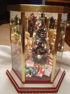 Christmas Room Box Lighted Tree Doll Beautiful by myminiworld