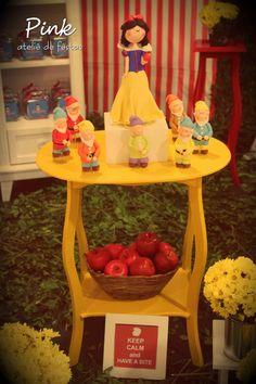 Festa Infantil da Branca de Neve por Pink Atelie de Festas
