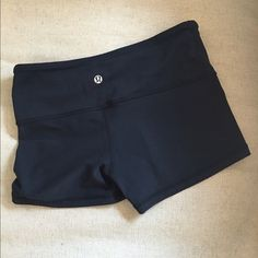 Lululemon shorts! Lululemon s wonder short size 2! EUC! lululemon athletica Shorts
