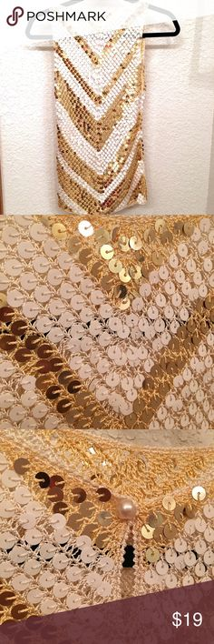 FLASH SALE ✨Cute Sequin Top✨FLASH SALE ‼️❗️ Been worn once! Very excellent condition! Silk knitting Tops