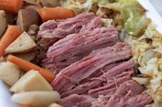 A traditional St. Paddy's Day recipe, this crockpot corned beef and cabbage dinner is easy and flavorful. Made with beer, potatoes, carrots and onions it's the best corned beef recipe. Corned Beef Brisket, Fried Cabbage, Corn Beef And Cabbage, Cabbage Recipes, Cabbage Soup, Best Corned Beef Recipe, Slow Cooker Recipes, Cooking Recipes, Crockpot Meals
