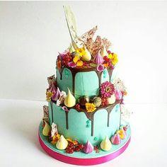 Electro Floral Cake by Meringue Girls & Fondant Fox  @meringuegirls meringuegirls.co.uk