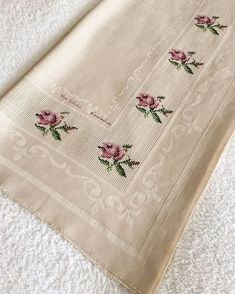 Prayer Rug, Bargello, Plastic Canvas, Cross Stitch Patterns, Embroidery Designs, Towel, Sewing, Handmade, Bath Linens