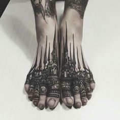 Very special and unique foot tattoo. Pure art.