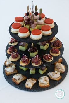 finger food - alzatina in ardesia - cocktail buffet - wedding - maggioni party service catering