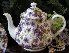 English Teapots And Cups | Heirloom Pansy Chintz Bone China Teapot, 6 cup - English Teapots