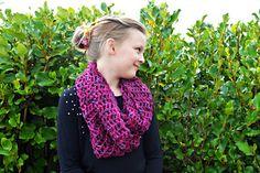 Open_weave_crochet_cowl14_small2