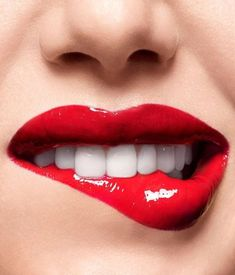 Love Lips, Girls Lips, Lip Biting, Beautiful Lips, Pink Lips, Dark Red Lips, Red Lipsticks, Gloss Matte, Girl Face