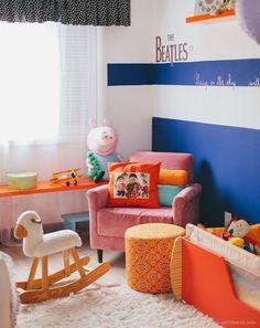 Apartamento da designer de interiores Ana Mouawad Queiroga. Ao lado do marido, o engenheiro e piloto Rodrigo Brito de Queiroga, dos filhos Ravi e Leon.