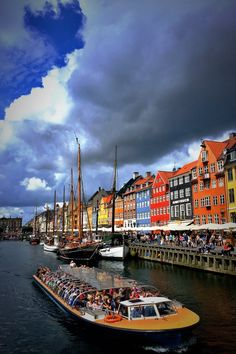 Copenhagen in Denmark is full of places to see and things to do, you could spend months here without experiencing everything this bustling city has to offer. Beautiful Scenery Pictures, Cool Photos, Beautiful Things, Oslo, Hotel Secrets, Best Honeymoon Destinations, Honeymoon Ideas, Travel Destinations, Romantic Honeymoon