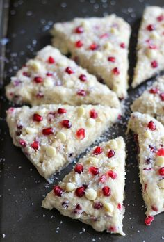 The Gold Lining Girl | Pomegranate White Chocolate Almond Scones | http://thegoldlininggirl.com