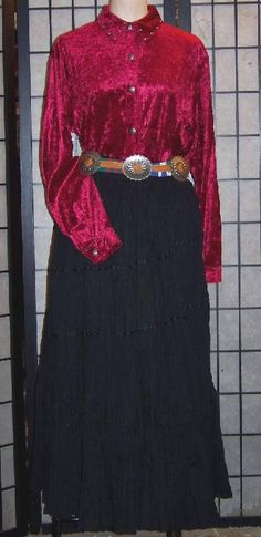 Red & Black Dine' (Navajo) Style Outfit