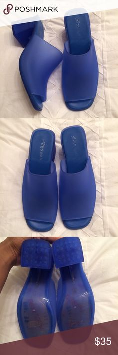Jeffrey Campbell Petra Jelly Sandal These sandals are blue and easy to pair! They are composed of a sturdy plastic that is easy to keep clean and easy to pair! Add these to your collection today! Jeffrey Campbell Shoes Sandals