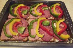 Sandwich-uri aperitiv preparate la cuptor - Rețete Merișor Sausage, Sandwiches, Meat, Recipes, Food, Sausages, Recipies, Essen, Meals