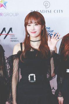 Luda ❤ Wjsn Yuehua Entertainment, Starship Entertainment, Asian Bangs, Wjsn Luda, Xuan Yi, Cheng Xiao, Cosmic Girls, Yoona, Girl Group