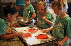 Weekend cooking classes at the Savannah Chop House in Laguna Niguel; 2 hrs; $39.95. Ages 7-12