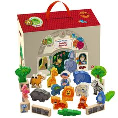 Let your child go wild this holiday season. This wooden animal zoo set will stand the test of time and it's portable from @habausa #zoo #animals #imaginativeplay