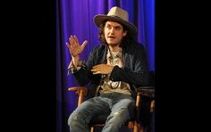 John Mayer Visits The GRAMMY Museum | GRAMMY.com