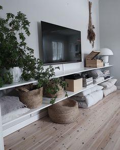 Tiny Living Rooms, Living Room Tv, Living Room Designs, Bedroom Tv Wall, Bedroom Decor, Living Room Inspiration, Mounted Tv Decor, Wall Mounted Tv, Home Decor