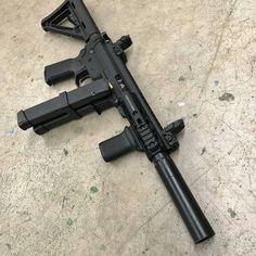 Weapons Guns, Guns And Ammo, Tactical Accessories, Ar Pistol, Firearms, Shotguns, Submachine Gun, Custom Guns, Military Guns