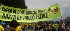 No Brasil, o Partido dos Trabalhadores (PT), nascido em ambientes da  Teologia da Liberta��o  e defensor da revolu��o cubana, aproveitou-s...