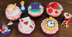 Alice in Wonderland cupcake tutorial by Megan Makes Cakes