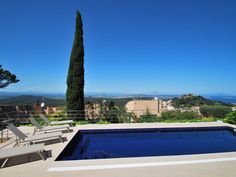 This property has recently been renovated and has beautiful views of the old centre of Begur village: Located only a 10 minutes' wa. Open Living Area, Most Beautiful Beaches, Pool Houses, Vacation Villas, Private Pool, Lawn And Garden, Beautiful Landscapes, Ideal Home, Old Things