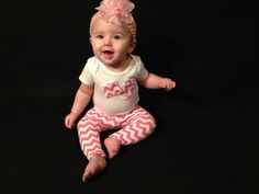Hot pink zigzag baby leggings/pants with Onesie, girls leggings,Outfit Set, sizes 0 to 3 - 12 to 18 months, Onesie, Girls Baby Outfit Set,