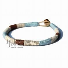 Leather Bracelet or anklet wrapped with Sky Blue, white and brown hemp Hemp Jewelry, Hemp Bracelets, Jewelry Knots, Bracelet Knots, Anklet Bracelet, Hemp Necklace, Diy Jewelry, Anklet Designs, Jewelry Making Tutorials