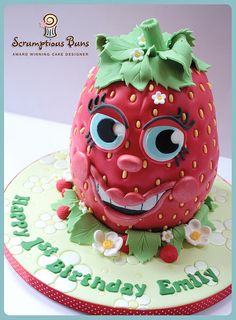 Juicy the Strawberry by Scrumptious Buns (Samantha), via Flickr