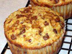 Jumbo Oatmeal-Chocolate Chip Muffins   Tasty Kitchen: A Happy Recipe Community!