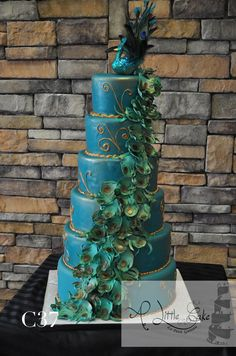 Add more charm and excitement to your wedding with our fondant wedding cakes. We have 2 tier, 3 tier and many more elegant wedding cakes. Peacock Wedding Colors, Peacock Wedding Cake, Indian Wedding Cakes, Floral Wedding Cakes, Peacock Theme, Elegant Wedding Cakes, Indian Weddings, Indian Cake, Indian Theme
