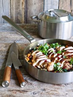 One pot wonder - lettvint gryterett - Mat På Bordet Nom Nom, Bacon, Kitchen, Cuisine, Home Kitchens, Kitchens, Pork Belly, Cucina