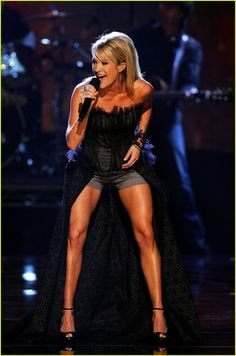 Results of Carrie Underwoods leg workouts