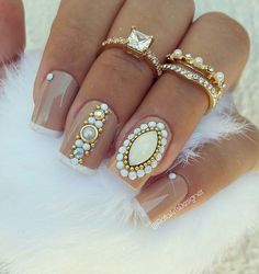 I also share some of my favorite ideas for home, travel and beauty. Gem Nails, Manicure And Pedicure, Hair And Nails, Fabulous Nails, Gorgeous Nails, Pretty Nails, Rhinestone Nails, Bling Nails, Nail Jewels