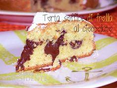 Torta soffice di frolla montata con cioccolato Italian Desserts, Mini Desserts, Cake Cookies, Cupcake Cakes, Raspberry Coffee Cakes, Biscotti, Happy Foods, Pastry Cake, Pie Dessert