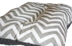 Hey, I found this really awesome Etsy listing at http://www.etsy.com/listing/130417481/dog-crate-mat-gray-and-white-chevron