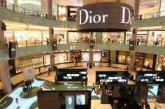 Kam na dámsku jazdu? Na nákupy do najväčších obchodov sveta i za top wellnessom! | Dromedár.sk