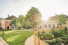 """Stiegl-Gut Wildshut, das 1. Biergut Österreichs, ist neues Mitglied von """"Schlosshotels & Herrenhäuser"""" Salzburg, Mansions, House Styles, Sustainable Farming, Beer, Viajes, House, Manor Houses, Villas"""