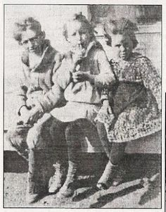 The Parker children: Buster, Bonnie, and Billie