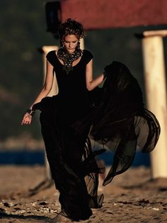 Gaultier: Catherine Mcneil By Gilles Bensimon For Vogue Australia October 2014