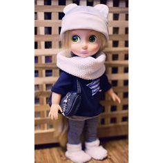 Doll's Winter Outfit / Disney Animator Doll Rapunzel